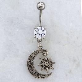NAVEL CURVE WITH MOON AND SUN