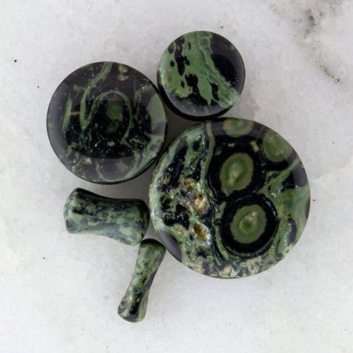GREEN EYE JASPER NATURAL STONE PLUG