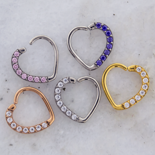 PAVE HEART SEAMLESS RINGS