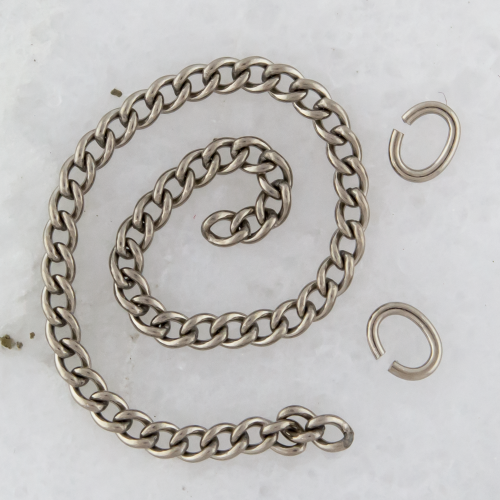 3in TITANIUM CURB CHAIN 1.8MM LINKS WITH 2 JUMP RINGS