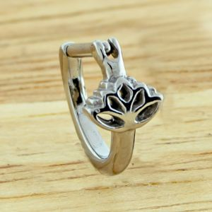 LOTUS FLOWER EAR CLICKER