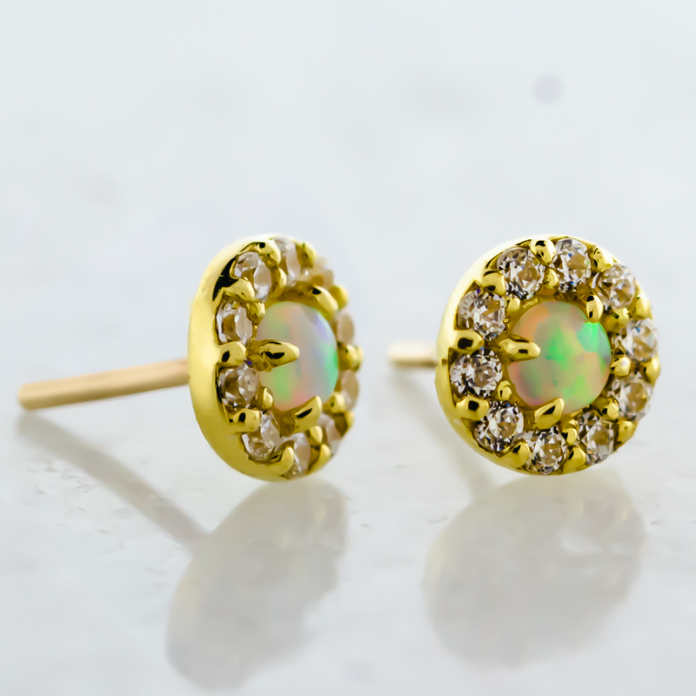 18KT GOLD THREADLESS CLUSTER, SET WITH LAB CREATED OPAL AND SWAROVSKI® ZIRCONIA